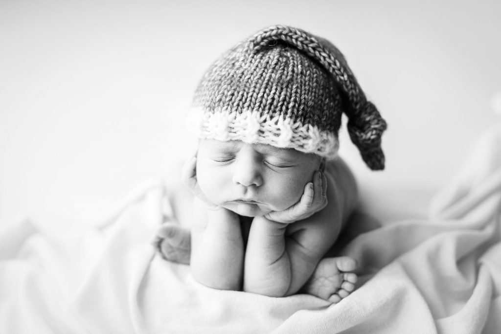 when to book your newborn photographer